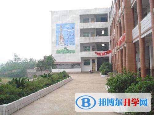 四川省岳池中学2017年招生计划