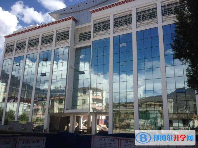 """校点甘孜州作为""""普通高中全面构建""""普及时间五个重点校之一,学校为录高中武汉布局图片"""