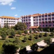 华宁县第一中学