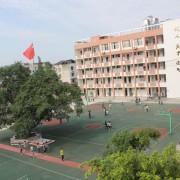 重庆市大足区龙岗中学