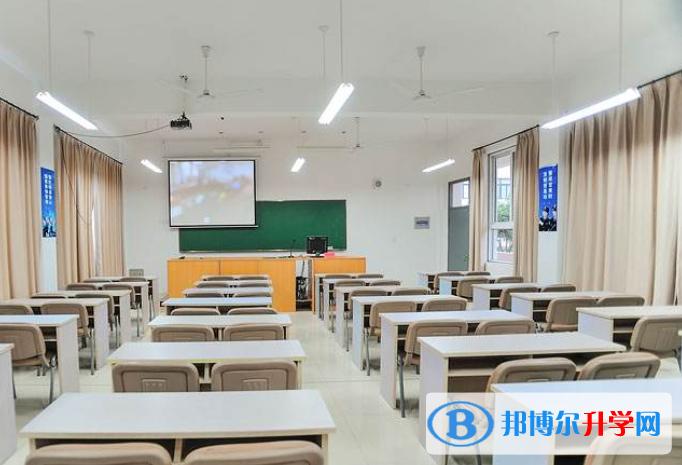 广州南方国际学校2021年招生办联系电话