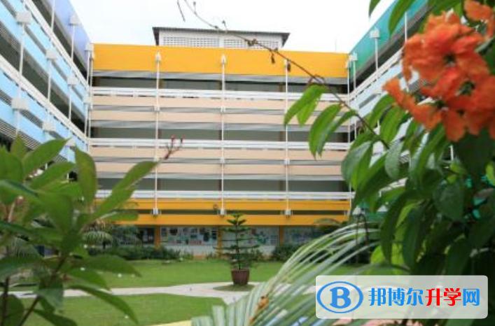 新加坡莎顿国际学院网站网址