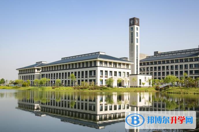 武汉学院国际高中2021年学费、收费多少