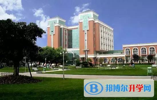 四川省广安花桥中学2021年招生计划