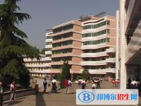 四川省宣汉中学招生办联系电话